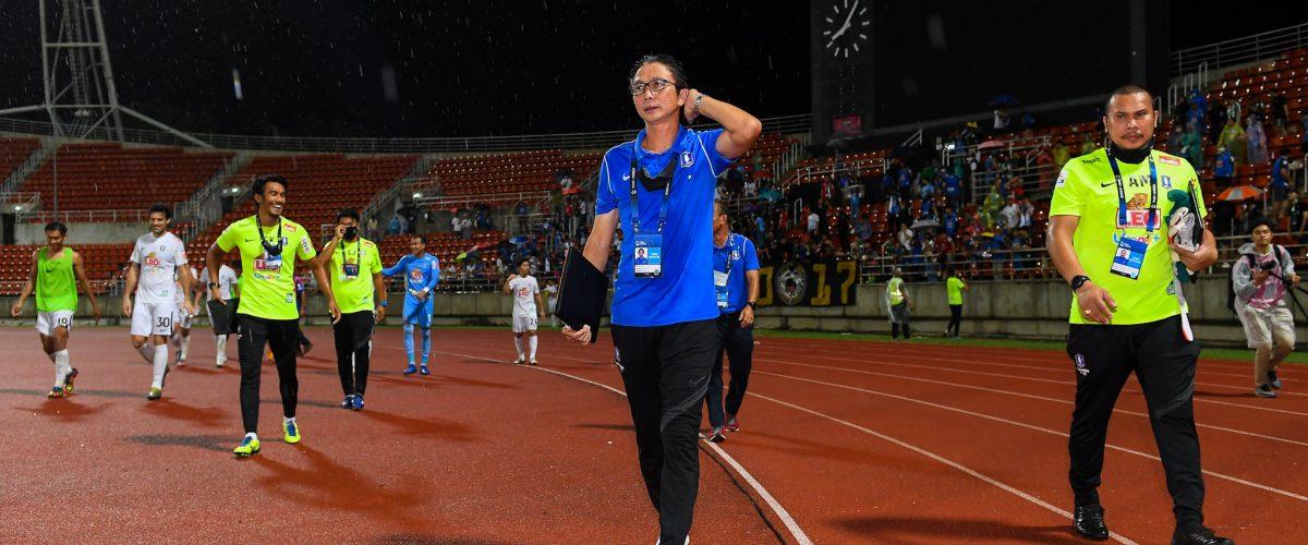 โค้ชโอ่ง แฮปปี้ บีจี สู้เกินร้อย จนแซง บียู ขึ้นจ่าฝูง ฟุตบอลในประเทศ