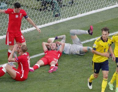 """""""สวีเดน""""เฉือนโปแลนด์3-2ยึดแชมป์กลุ่มอี ยูโร 2020"""