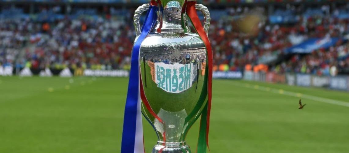"""""""ยูโร""""คิดเพิ่มเป็น32ทีมแบบฟุตบอลโลก ยูโร 2020"""