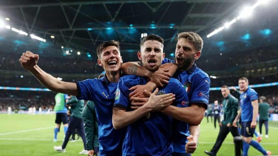 """""""อิตาลี""""ลิ่วชิงยูโรทีมแรกแม่นดวลเป้าเฉือนสเปนลิ่วชิงยูโร ยูโร 2020"""