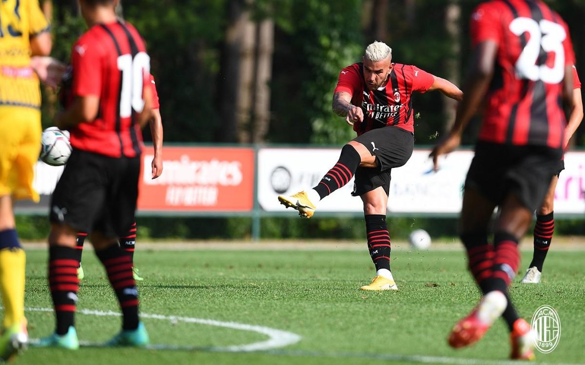 """""""มิลาน""""ฟอร์มดุต่อเนื่องไล่ถล่มโมเดน่า5-0 กัลโช เซเรีย อา อิตาลี"""