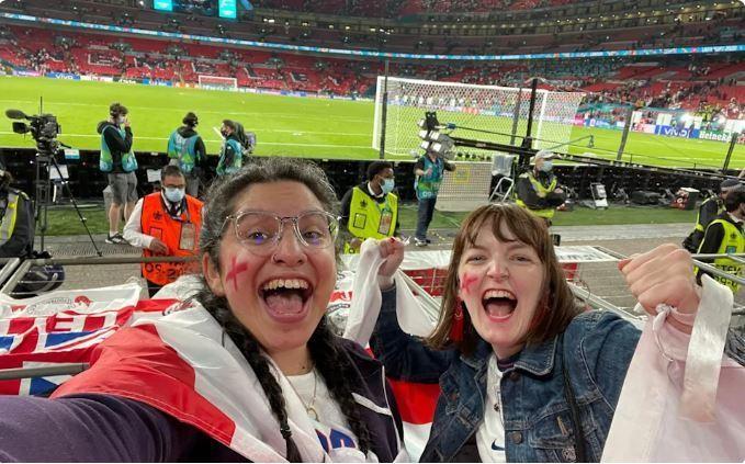สาวโดนไล่ออก เพราะลาป่วยไปเชียร์ทีมชาติอังกฤษ ทีมชาติ