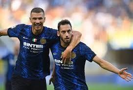 """""""งูใหญ่""""สมราคาแชมป์เก่าประเดิมยำเจนัว4-0 กัลโช เซเรีย อา อิตาลี"""