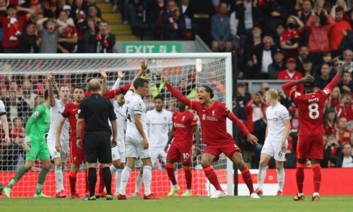 หงส์งานสบาย นวดเบิร์นลีย์ 2-0 พรีเมียร์ลีก อังกฤษ