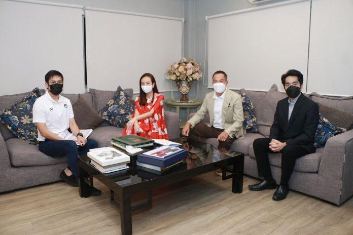 """สมาคม และไทยลีก ประชุมร่วมกับ มาดามแป้ง ถึงแผนงาน """"ช้างศึก"""" ยู-23 และ ชุดใหญ่ ฟุตบอลในประเทศ"""
