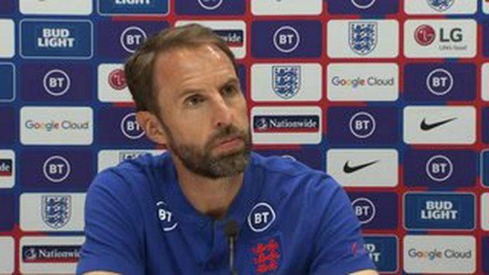 """""""เซาธ์เกต"""" เตรียมถกสัญญาใหม่กับ อังกฤษ พรีเมียร์ลีก อังกฤษ"""