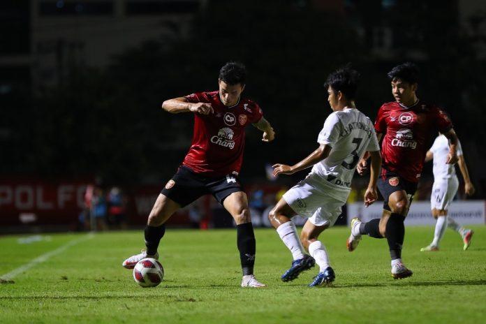เทโร ประเดิมชัยเปิดบ้านช็อต ฉลามชล 2-0 ฟุตบอลในประเทศ