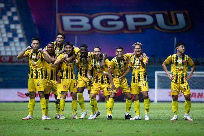 โค้ชอ้น ชมลูกทีมฟอร์มโคตรดุ บุกดับ บีจี ถึงถิ่น 3-0 ฟุตบอลในประเทศ