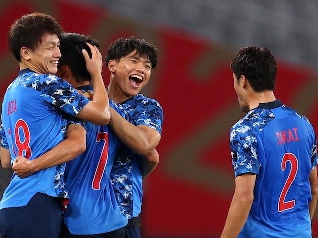 ญี่ปุ่นลุ้นเหนื่อยก่อนเฉือนหวิวออสเตรเลีย 2-1 ทีมชาติ